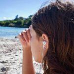 海辺 女性 頭痛